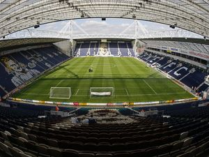 Football - Preston North End v Wolverhampton Wanderers
