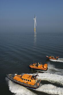 Hoylake Mersey class lifeboat Lady of Hilbre with an inshore lif