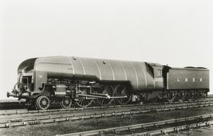 10000 LNER locomotive