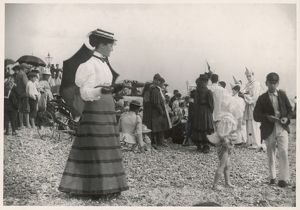 C.1895 SEASIDE OUTFIT