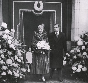 Duke and Duchess of Kent depart on honeymoon