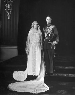 Elizabeth Bowes-Lyon marries Albert, Duke of York