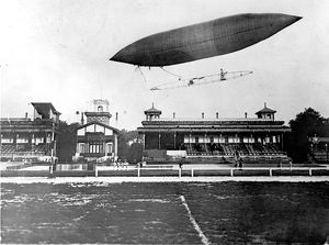 The first flight of Santos-Dumont airship No5 from Longc?