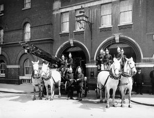 LCC-LFB Kennington fire station, Lambeth