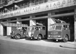 LCC-LFB Lambeth fire station with appliances