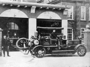 LCC-LFB Merryweather Hatfield pump at Southwark HQ