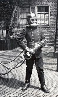 LCC-LFB - Self-contained smoke helmets (BA sets)