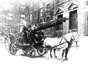 LCC- MFB horse drawn escape cart and ladder