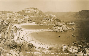 Mexico - Acapulco - Panorama of Caleta and Caletilla beaches