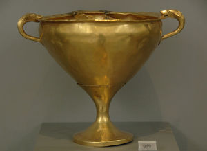 Mycenaean art. Treasury of the Acropolis of Mycenae. Golden
