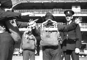NFS (London) breathing apparatus training, WW2