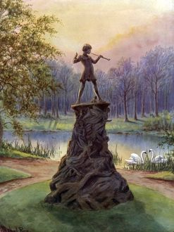 Peter Pan statue in Kensington Gardens