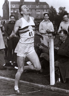 new images grenville collins collection/roger bannister first sub 4 minute mile iffley