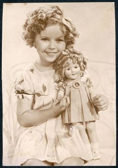 <b>Shirley Temple</b><br>Selection of 38 items