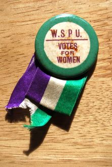 Suffragette W.S.P.U Badge and Ribbon