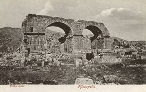 Turkey - Hierapolis - Temple ruins