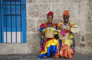 Cuba - Some women in Habana Vieja, the Old Town
