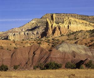 FG-CD-99 Dinosaur geology: Sedimentary sequence at Ghost Ranch, New Mexico