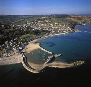 Lyme Regis, showing The Cobb, the harbour wall,