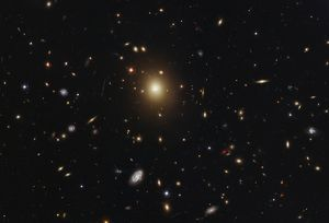 galaxy cluster abell 2261 hst image