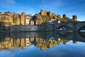 England, County Durham, Durham City. Bridge over the River Wear in the city of Durham