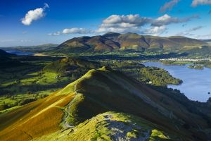 ENGLAND Cumbria Lake District National Park View from Cats Bells near Derwentwater