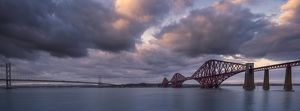 Scotland, Edinburgh, Forth Bridge.