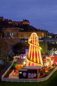 Scotland, Edinburgh, Princes Street Christmas Market