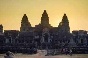 Angkor Wat at sunset, UNESCO World Heritage Site, Siem Reap Province, Cambodia, Indochina