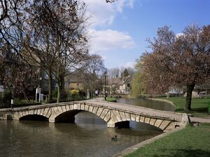 Bourton-on-the-Water, Gloucestershire, The Cotswolds, England, United Kingdom, Europe