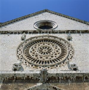 Close-up of the Rose window of Cheise Superiore in