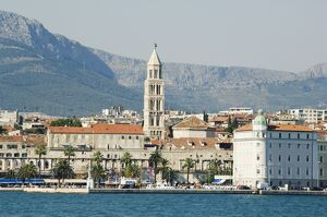 Coastal mountains and waterfront town buildings, Split, Dalmatian Coast, Croatia, Europe
