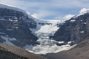columbia icefield jasper national park unesco