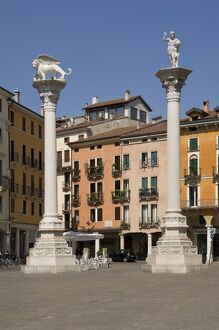 The columns of the Venice Lion and St. Theodore in the Piazza dei Signori