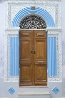 Door detail, Medina, Kairouan, Tunisia, North Africa, Africa