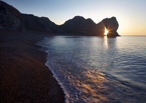 Durdle Door, natural limestone arch, and beach, Jurassic Coast, UNESCO World Heritage Site