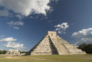El Castillo (Pyramid of Kukulcan), Chichen Itza, UNESCO World Heritage Site