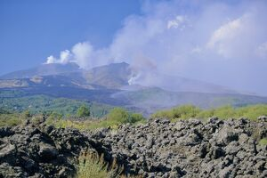 Eruptions at the Monti Calcarazzi fissure and the Piano del Lago cone