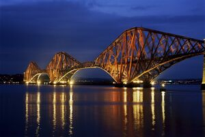 Forth railway bridge at night