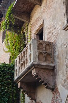 Juliet's house and Juliet's balcony, Verona, UNESCO World Heritage Site, Veneto
