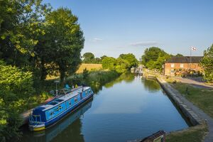 Kennet and Avon Canal at Pewsey near Marlborough, Wiltshire, England, United Kingdom