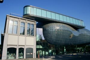 Kunsthaus, Art Gallery, by architects Peter Cook and Colin Fournier, an example of Modernism