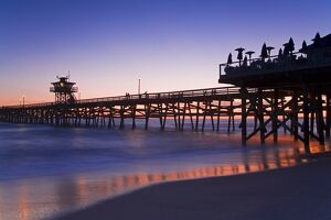 Municipal Pier at sunset, San Clemente, Orange County, Southern California