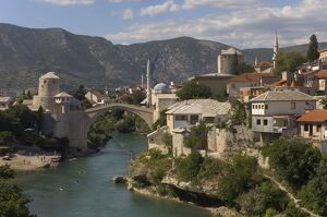 The new Old Bridge over the fast flowing River Neretva, Mostar, Bosnia