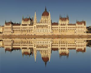 Parliament Building at sunset, Danube River, UNESCO World Heritage Site, Budapest