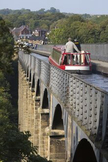 Pontcysyllte Aqueduct, built 1795 to 1805, UNESCO World Heritage Site, and the Ellesmere Canal
