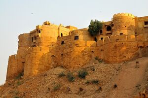 remparts towers fortifications jaisalmer rajasthan