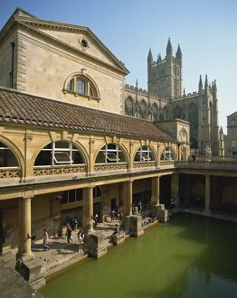 The Roman Baths with the Abbey behind, Bath, UNESCO World Heritage Site