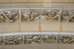 Sculptures on the arch, Vezelay Basilica, Vezelay, Yonne, Burgundy, France, Europe