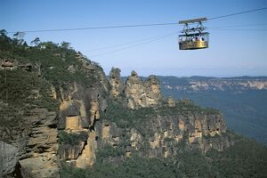 The Three Sisters and scenic skyway, Katoomba, the Blue Mountains, UNESCO World Heritage Site